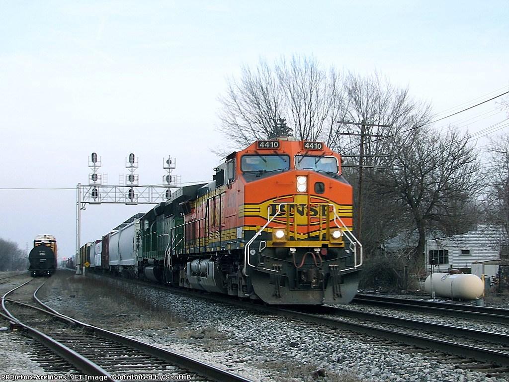 BNSF 4410 Q38108