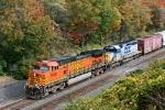BNSF 5239 on CSX Q371-31