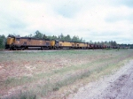 1416-26 C&NW ore train