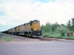 1416-27 C&NW ore train