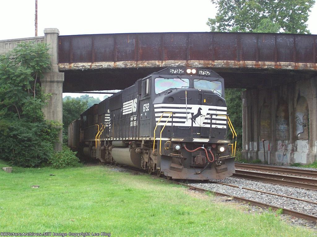 NS 6792 H48