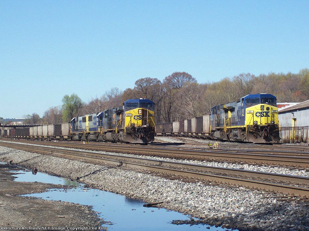 CSX 527 Coal Y162 with CSX 62 Coal Y327