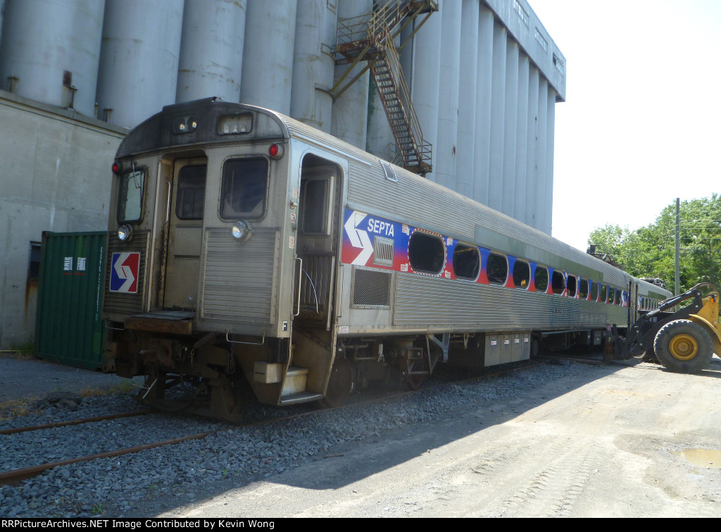 SEPTA Silverliner II 9005
