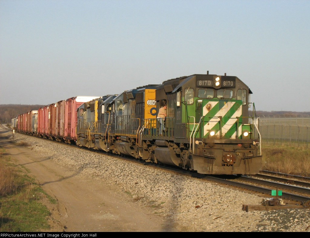 Q327 rolling slowly uphill since lead unit HLCX 8170 died coming out of the river valley