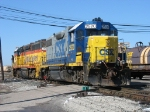 CSX 2520 & 9120 coming off the Service Track