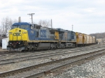 CSX 7736 & 5437 pulling Q335 up the Coach Lead