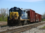 Y106 returning to the yard with three boxcars