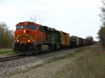 BNSF 7720 & 6910 on the point of Q335-30
