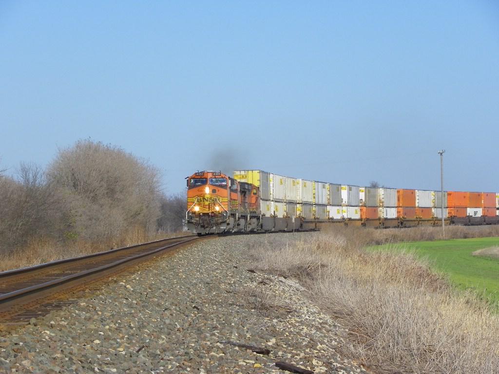 BNSF C44-9W 4155