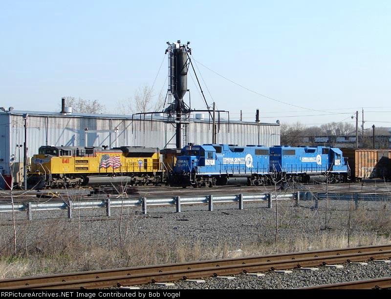 UP 8411 & NS 5277 & 5281