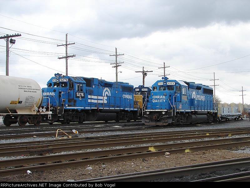 NS 5276 & CSX 4423