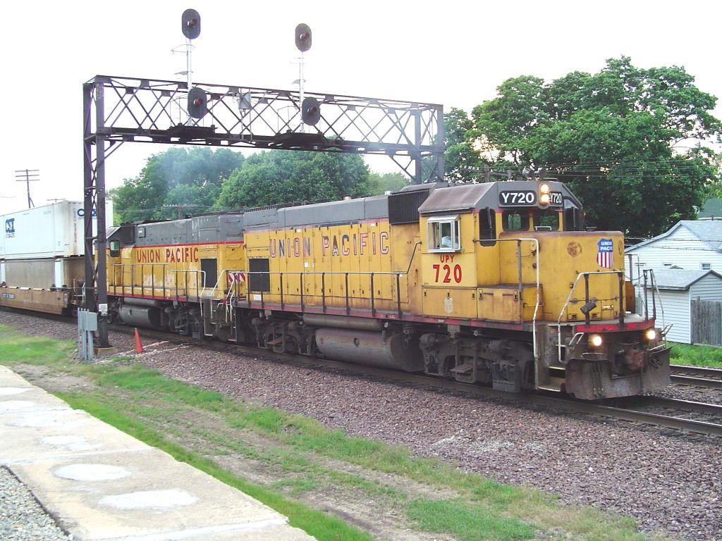 UPY 720