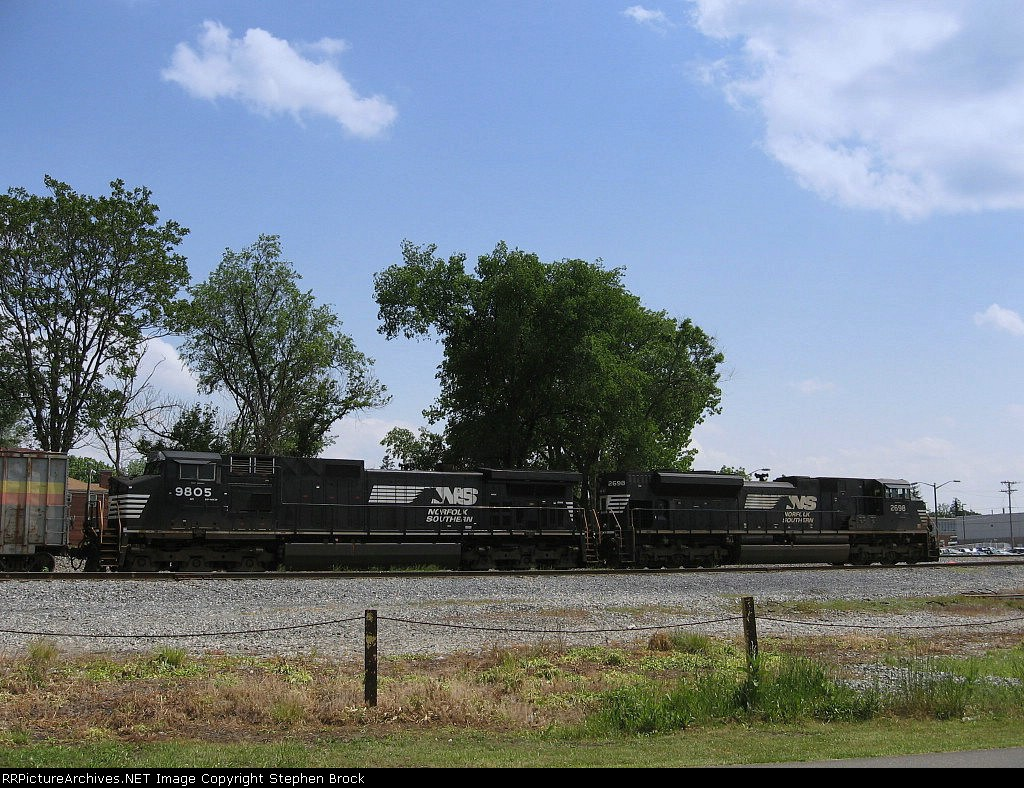 NS 9805 & 2698