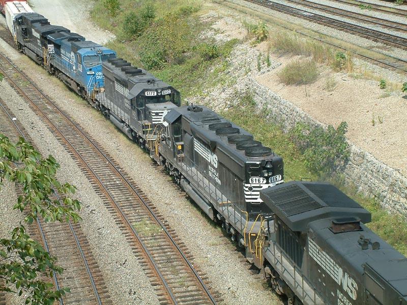 NS SD40-2's