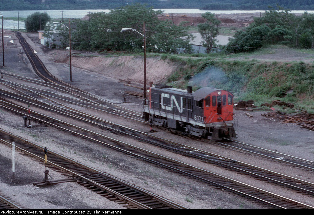 CN 8171