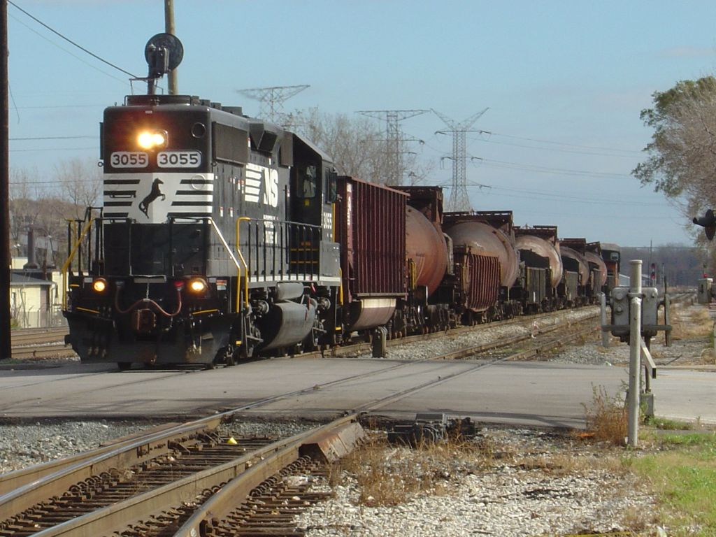 BOTTLE TRAIN
