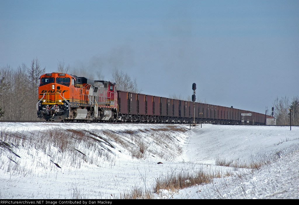 BNSF 7769 through Boylston