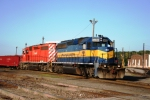 ICE 6406 and DME 6088 prepare to leave Nahant yard