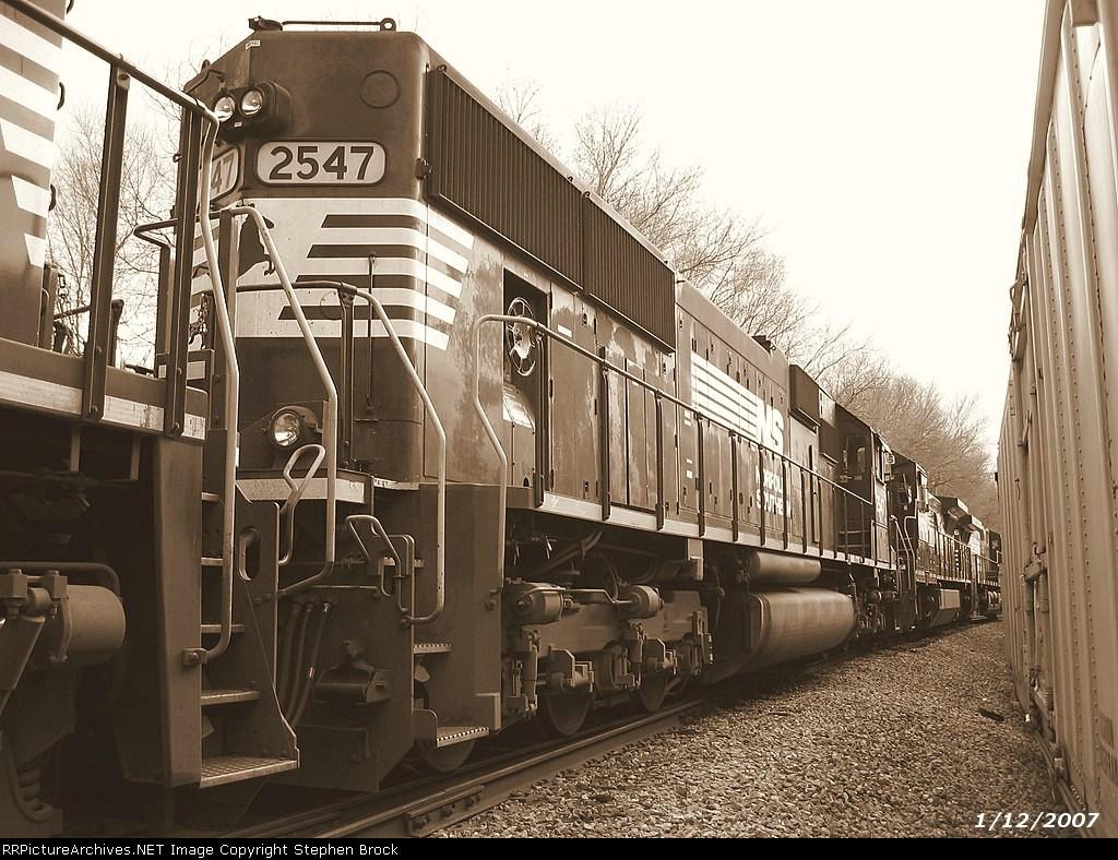 NS 2547/SD70