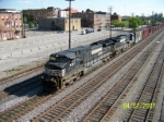NS 9393 leads NS southbound