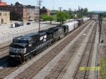 NS 9904 leads NS southbound