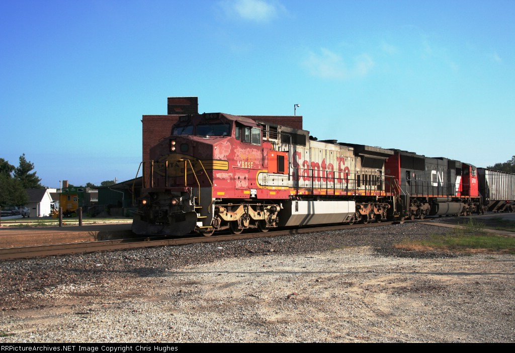 Tattered and worn BNSF Warbonnet 849