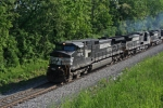 NS 9316 is westbound on the Lehigh Line