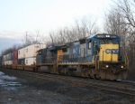 CSX Q118 Chuging Along