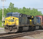 CSX Q116 Lead by CSX 692 Going 44MPH