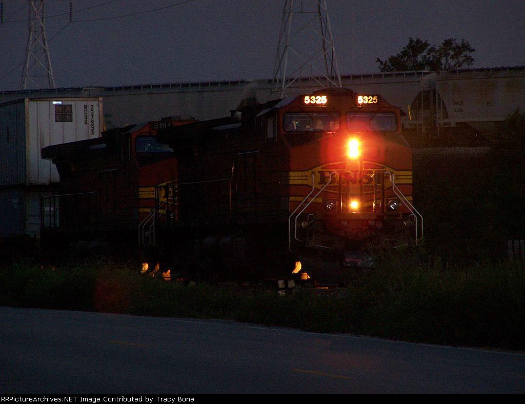 BNSF 5325