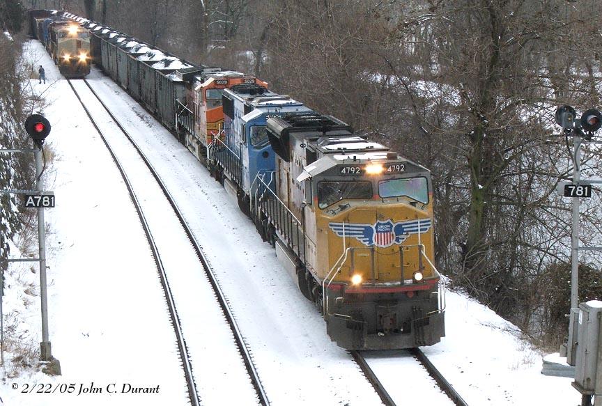 UP 4792 & NS 9963