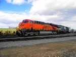 BNSF 6002 With Train H-LAUDEN1-29a