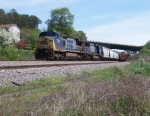 Train Q682-04