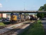 Train Q682