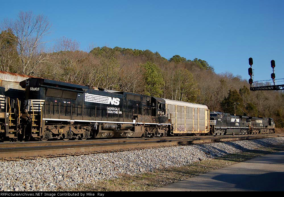 NS 58T and 283 swap crews