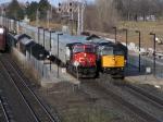 CN 2555(TRIPLE CROWN SERVICE) & VIA 6453 NECK & NECK IN ALDERSHOT STATION
