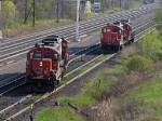 CN 7054 SWITCHING TRACKS