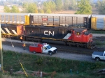 CN 5637 AND MAINTENANCE CREW