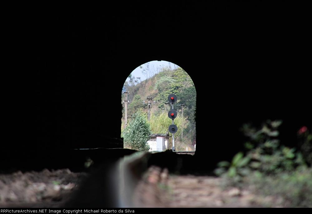 Tunel 27
