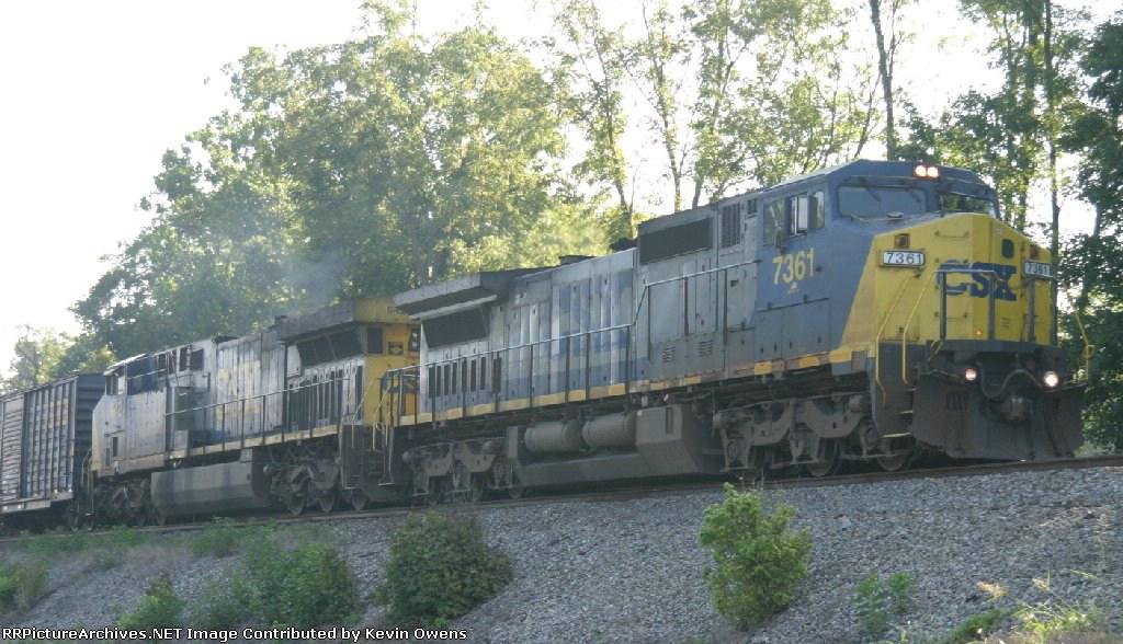 CSXT Q525