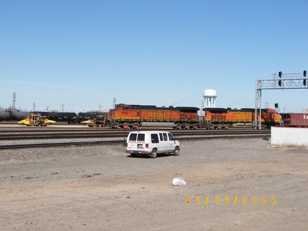 BNSF C44-9W 5032