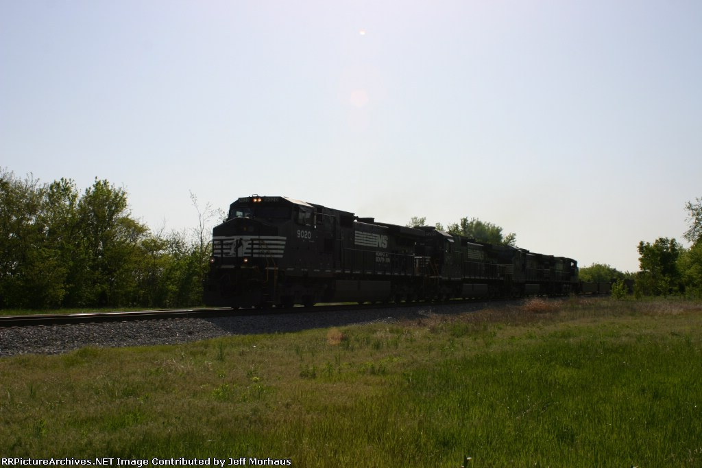 NS 9020  Westbound freight.