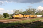 UP 3931  WB freight