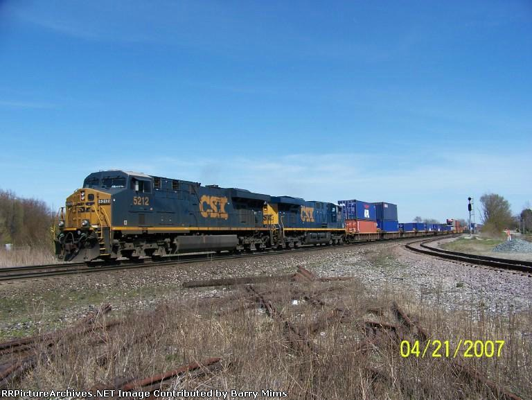 CSX 5212 leads stack train west at Wellsboro