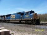 CSX 4722 leads eastbound across CN at Wellsboro
