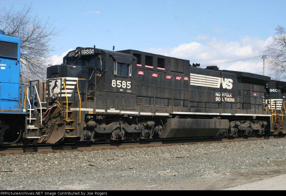 NS 8585