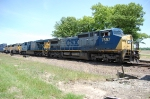 CSX 7657, CSX 5467, UP 2008, & UP 7898 with FQ131 & and a friendly engineer