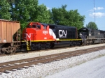 CN 5283 has finally been repainted