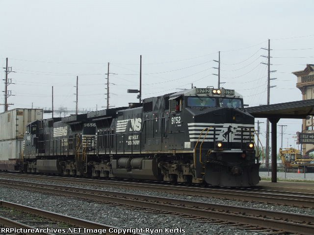 NS 9752
