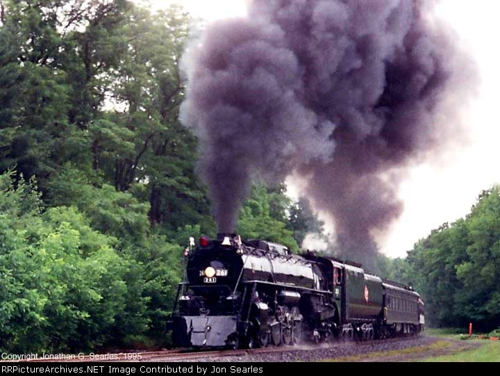 MILW 261 Doing A Photo Runby Somewhere In Eastern Pennsylvania (The photo was way beyond Moscow going out of Scranton), Picture 1